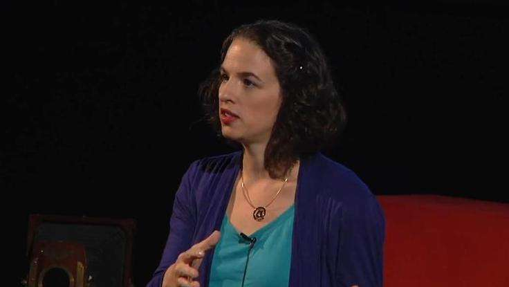 Living Two Lives: Alexandra Samuel Speaks At TEDx On The Online Migration